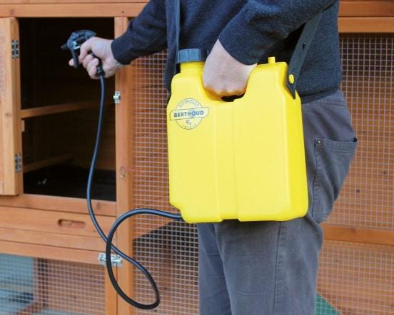 pulverisateur-desinfection-nettoyage-poulailler-gresyl